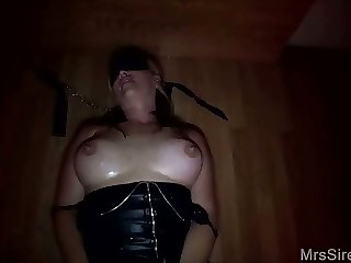 Big Titty Wife Blindfolded Blowbang